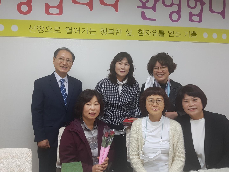 201101 홍금숙 (1).jpg